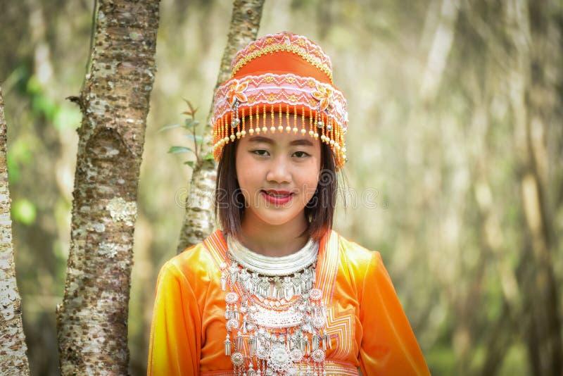 Νέα γυναίκα φυλών λόφων Hmong στοκ φωτογραφίες με δικαίωμα ελεύθερης χρήσης