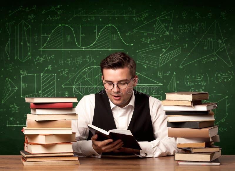 Νέα εμπαθής εξήγηση δασκάλων στοκ εικόνες