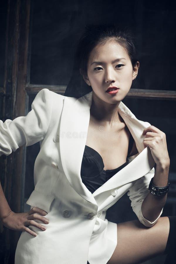 Download Νέα ιαπωνική γυναίκα στοκ εικόνες. εικόνα από αισθησιασμός - 22777468