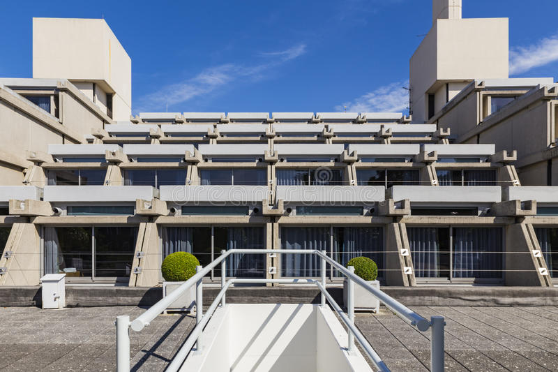 Νέα δικαστήριο & x28 Yusuf Hamied Centre& x29  στοκ φωτογραφία