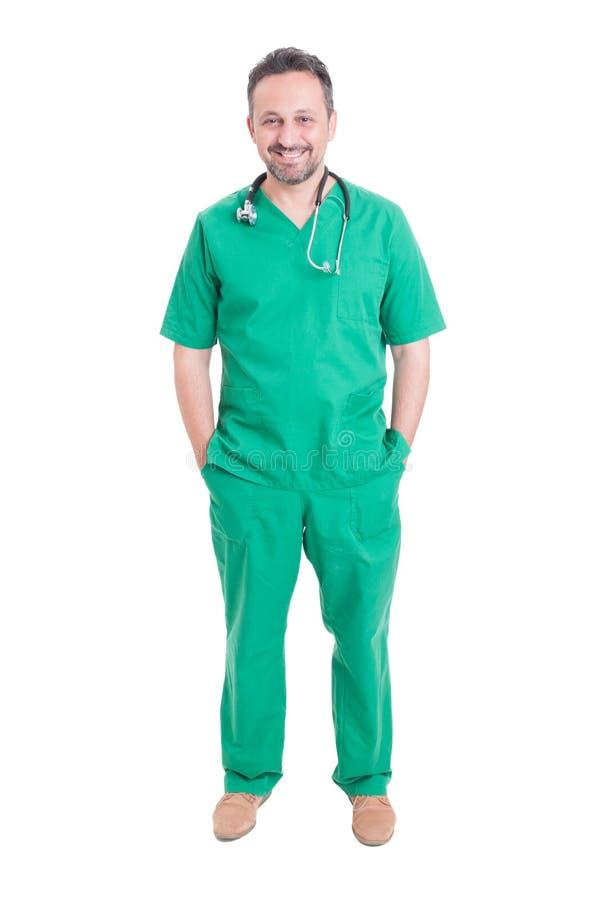 Νέα και όμορφη τοποθέτηση γιατρών στοκ φωτογραφία