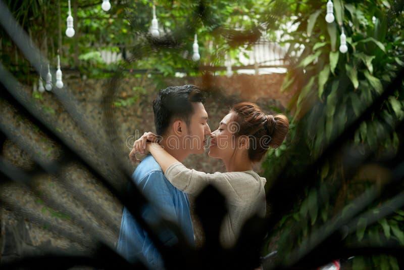 Νέα μυστική αγάπη στοκ φωτογραφία με δικαίωμα ελεύθερης χρήσης