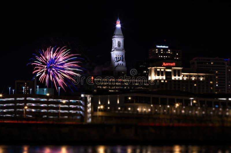 Νέα πυροτεχνήματα έτους του Χάρτφορντ Κοννέκτικατ στοκ εικόνα με δικαίωμα ελεύθερης χρήσης