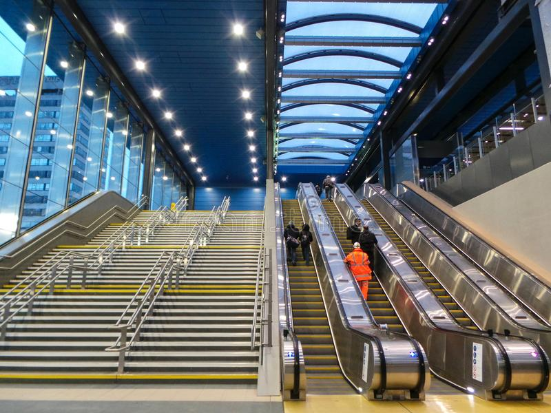 Νέα σκαλοπάτια σταθμών στοκ εικόνα