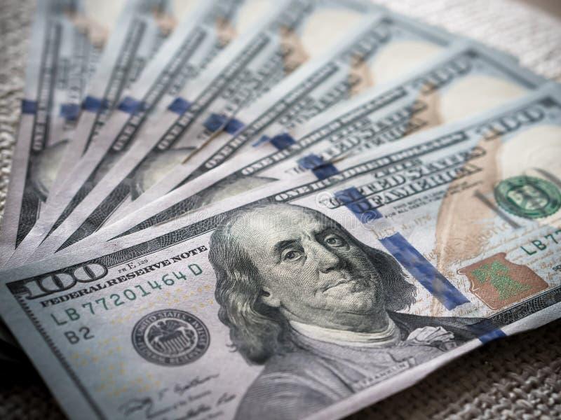 Νέα τραπεζογραμμάτια Δολ ΗΠΑ στοκ εικόνες