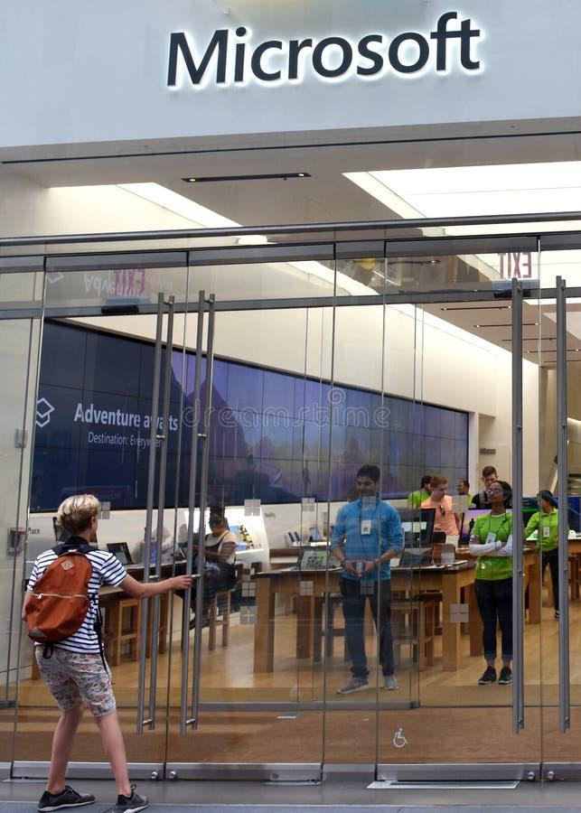 Νέα Υόρκη, ΗΠΑ - 9 Ιουνίου 2018: Κατάστημα της Microsoft στη Πέμπτη Λεωφόρος μέσα στοκ εικόνα