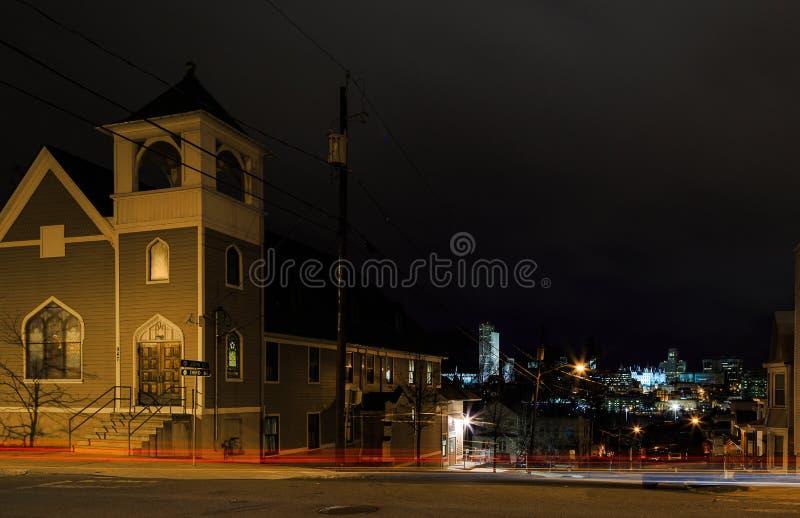 Νέα Υόρκη ΗΠΑ Rennsaeler - γωνία του δρόμου που αγνοεί τη νύχτα το Άλμπανυ σε Christmastime στοκ εικόνες με δικαίωμα ελεύθερης χρήσης