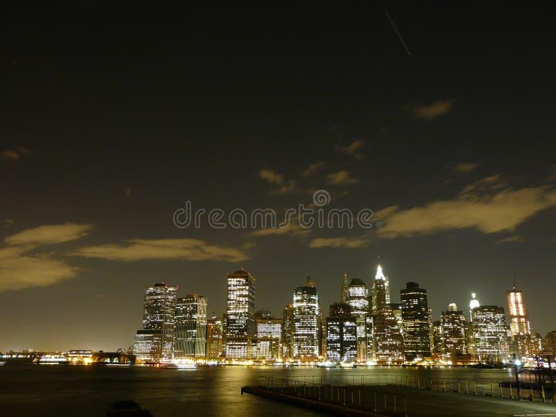 Νέα Υόρκη τή νύχτα στοκ φωτογραφία με δικαίωμα ελεύθερης χρήσης