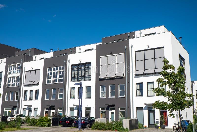 Νέα terraced κατοικία στοκ εικόνα με δικαίωμα ελεύθερης χρήσης