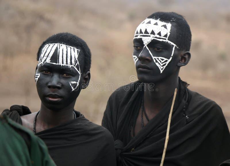 Νέοι πολεμιστές Masai στοκ φωτογραφία