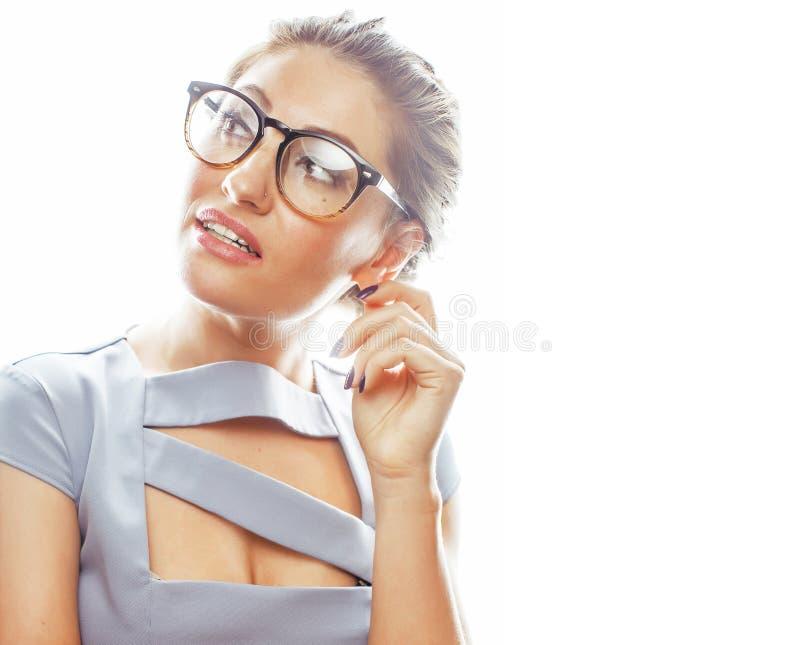 Νέος αρκετά πραγματικός γραμματέας γυναικών brunette στην προκλητική φθορά φορεμάτων στοκ εικόνες με δικαίωμα ελεύθερης χρήσης