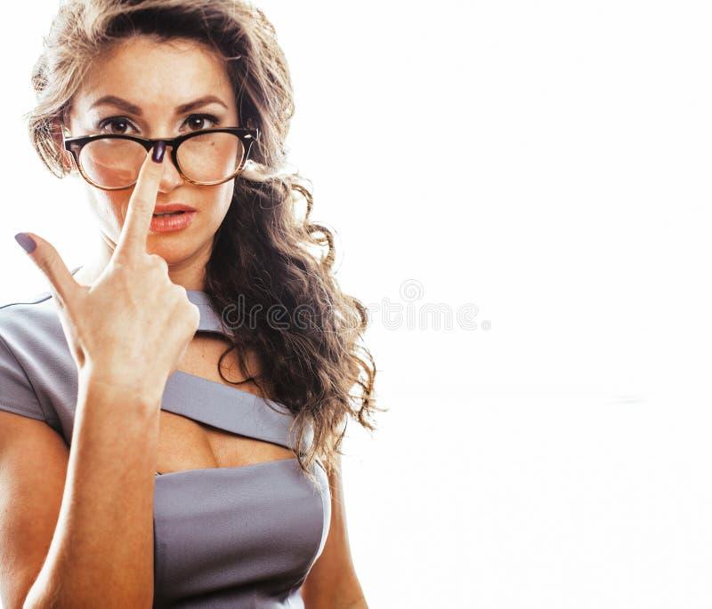 Νέος αρκετά πραγματικός γραμματέας γυναικών brunette στην προκλητική φθορά φορεμάτων στοκ εικόνες
