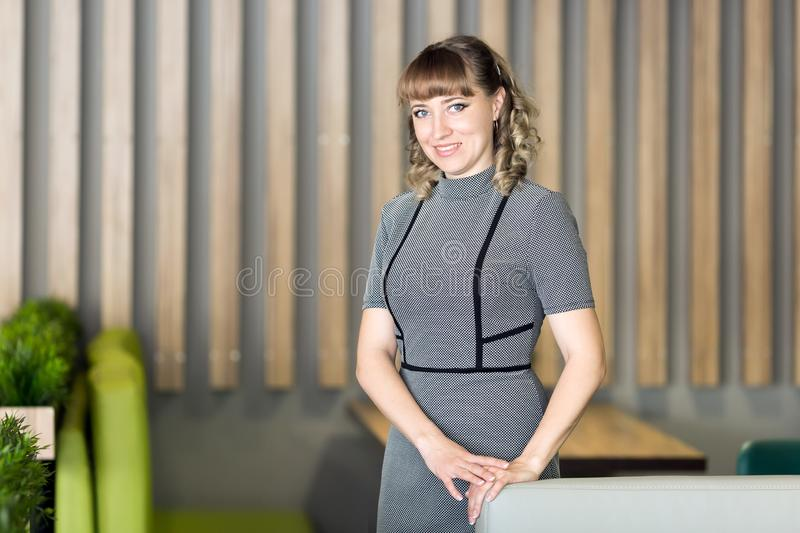 Νέος διευθυντής γυναικών του εστιατορίου στοκ φωτογραφίες με δικαίωμα ελεύθερης χρήσης