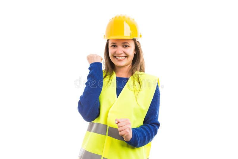 Νέος εύθυμος ελκυστικός θηλυκός μηχανικός ή αρχιτέκτονας στοκ εικόνες