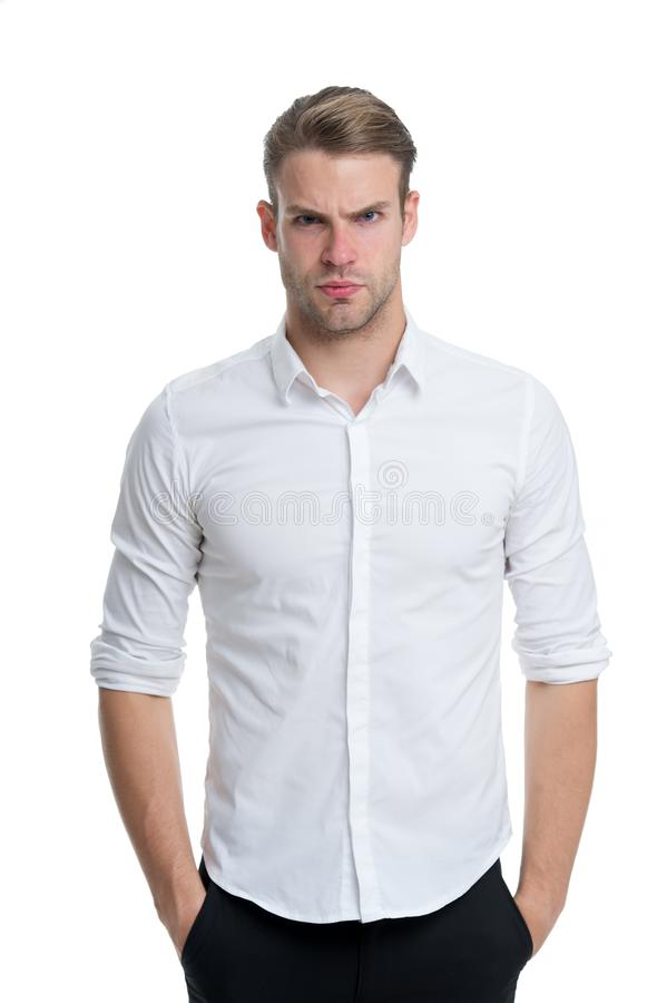 Νέος και βέβαιος Ξεκουμπωμένο υπαλληλικό κομψό απομονωμένο πουκάμισο άσπρο υπόβαθρο ατόμων καλά καλλωπισμένος Φαλλοκράτης βέβαιος στοκ εικόνα