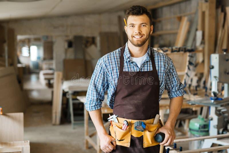 Νέος ξυλουργός στοκ εικόνες με δικαίωμα ελεύθερης χρήσης