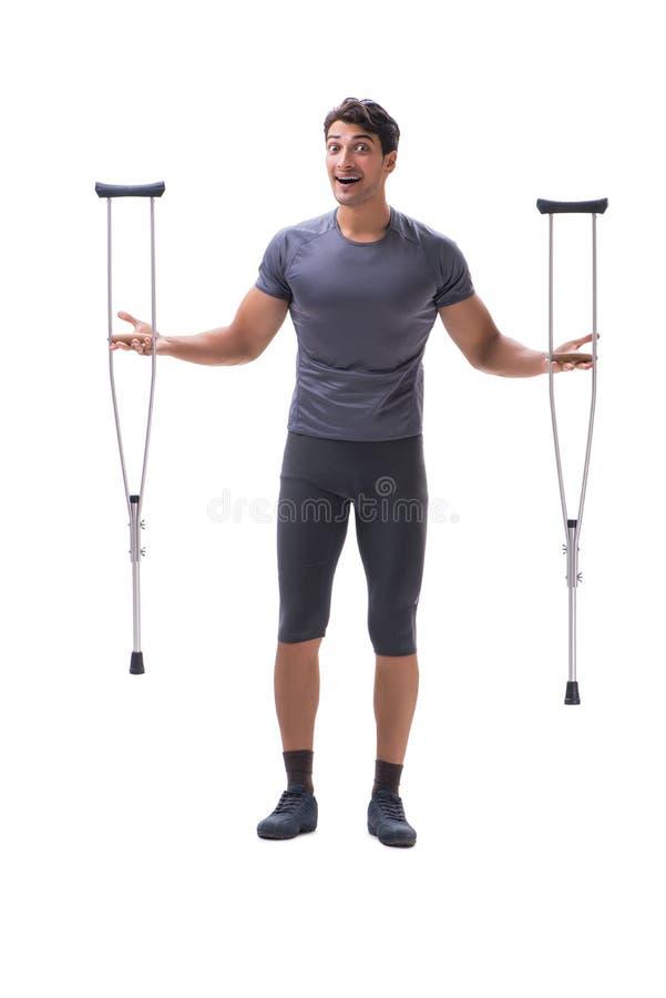 Νέος υπομονετικός αθλητικός τύπος αθλητών που υφίσταται ένα τραύμα τραυματισμών με στοκ φωτογραφία με δικαίωμα ελεύθερης χρήσης