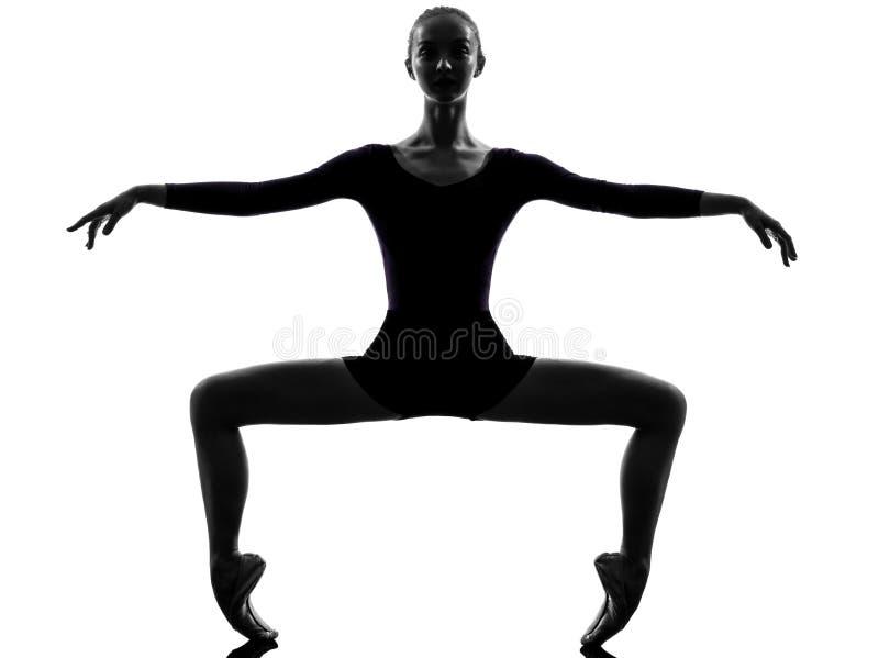 Νέος χορευτής μπαλέτου ballerina γυναικών στοκ εικόνα με δικαίωμα ελεύθερης χρήσης
