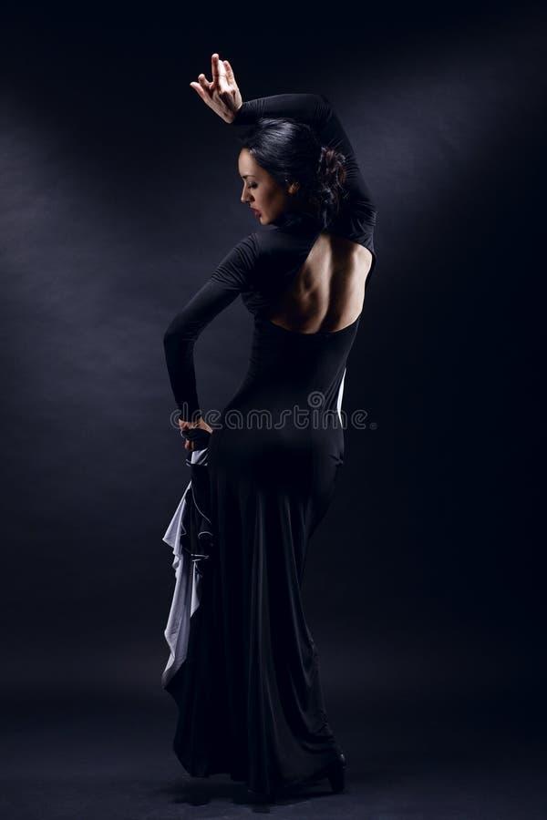 Νέος όμορφος χορευτής στοκ φωτογραφίες με δικαίωμα ελεύθερης χρήσης