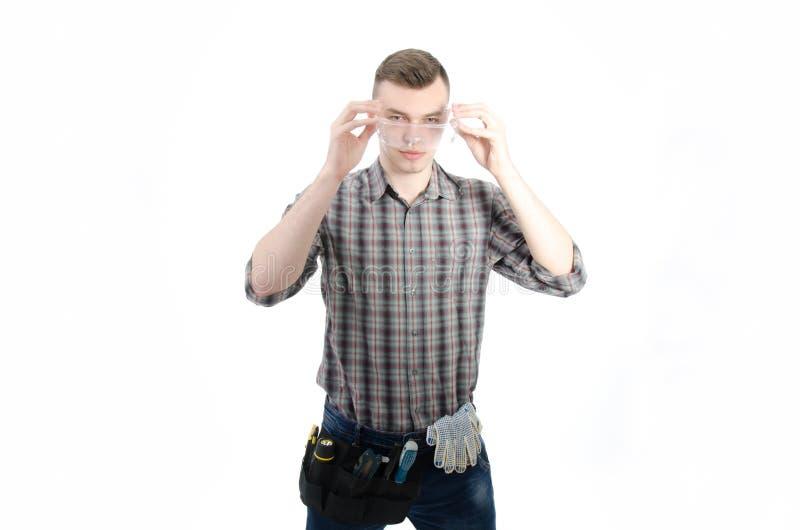 Νέος όμορφος handyman στοκ φωτογραφία με δικαίωμα ελεύθερης χρήσης