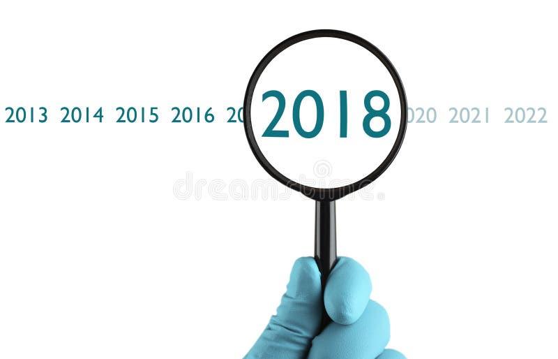Νέο έτος του 2018 κάτω από την ενίσχυση στοκ εικόνες