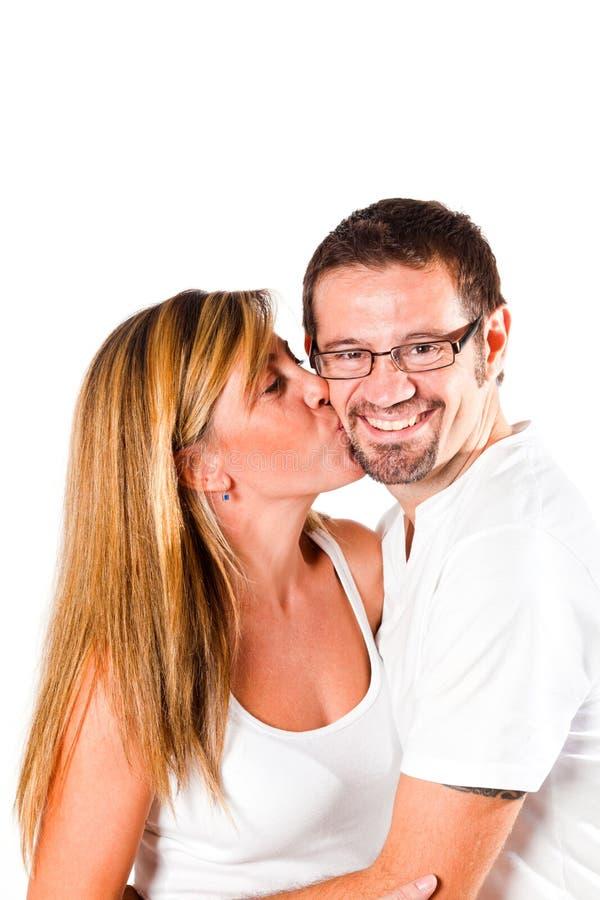 Νέο αγαπώντας ζεύγος στοκ φωτογραφίες