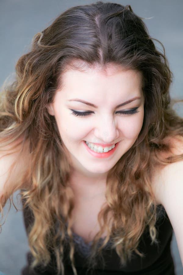 Νέο γέλιο γυναικών στοκ φωτογραφίες