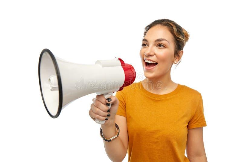 Νέο γυναίκα ή έφηβη με megaphone στοκ φωτογραφίες με δικαίωμα ελεύθερης χρήσης