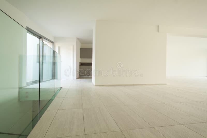 Νέο διαμέρισμα, λουτρό στοκ φωτογραφία με δικαίωμα ελεύθερης χρήσης