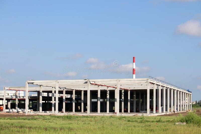 Νέο εργοστάσιο εργοτάξιων οικοδομής στοκ φωτογραφίες με δικαίωμα ελεύθερης χρήσης