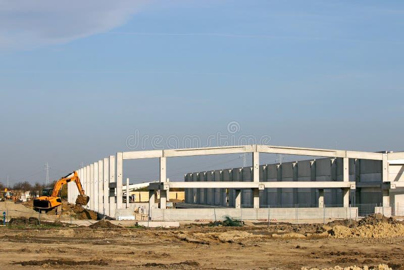 Νέο εργοτάξιο οικοδομής εργοστασίων στοκ εικόνα με δικαίωμα ελεύθερης χρήσης