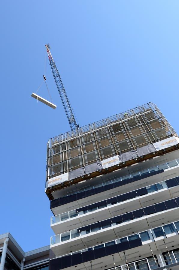 Νέο εργοτάξιο οικοδομής πολυκατοικιών στην πόλη του Ώκλαντ centr στοκ εικόνες με δικαίωμα ελεύθερης χρήσης