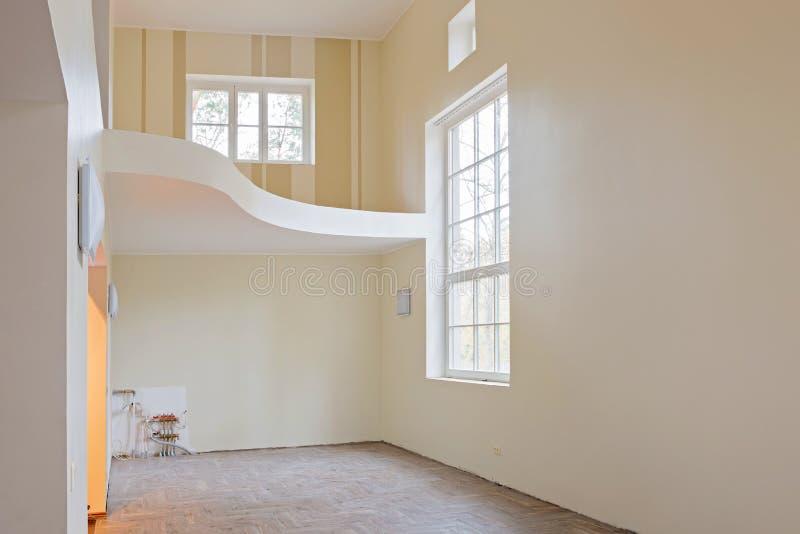 Νέο εσωτερικό καθιστικό εγχώριας κατασκευής στοκ φωτογραφία με δικαίωμα ελεύθερης χρήσης