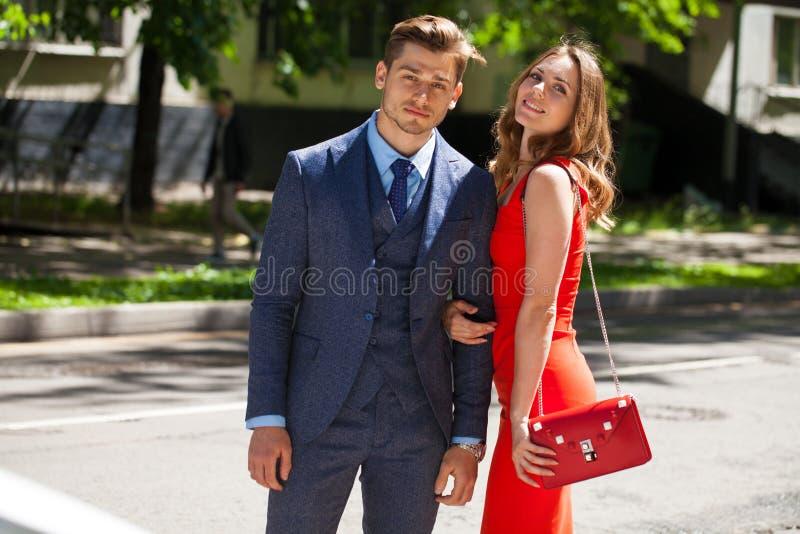 Νέο ζεύγος ή Ευρωπαίοι γυναίκα και άνδρας στοκ εικόνες