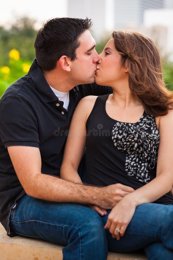 Νέο ζεύγος στοκ φωτογραφίες