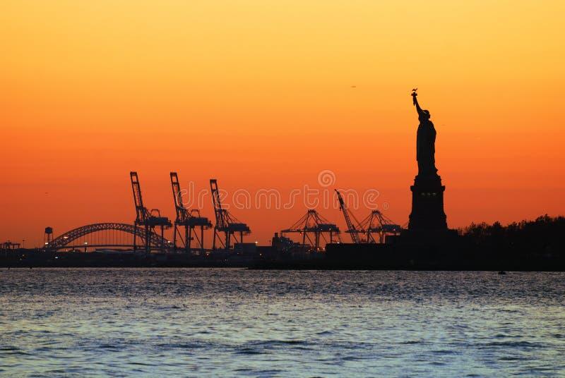 νέο ηλιοβασίλεμα Υόρκη σ&k στοκ εικόνες