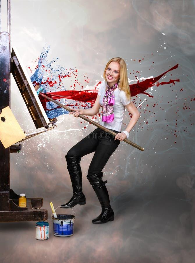 Δημιουργικός καλλιτέχνης ζωγράφων στοκ εικόνες με δικαίωμα ελεύθερης χρήσης
