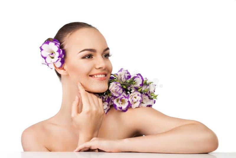 Νέο και καλά-καλλωπισμένο δέρμα στοκ φωτογραφία με δικαίωμα ελεύθερης χρήσης