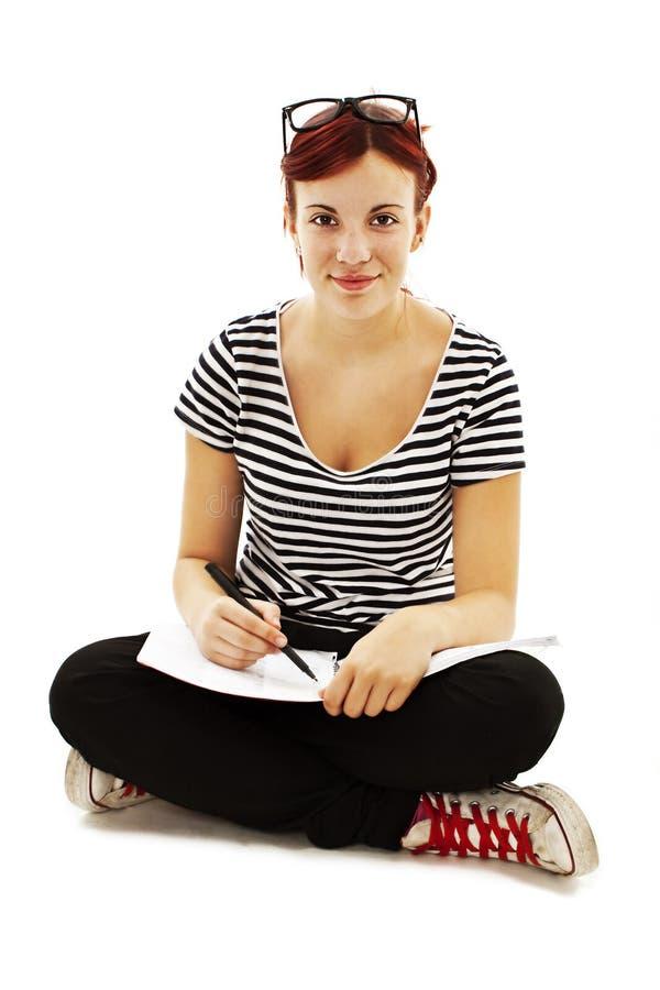 Νέο και όμορφο κορίτσι σπουδαστών στοκ εικόνα με δικαίωμα ελεύθερης χρήσης