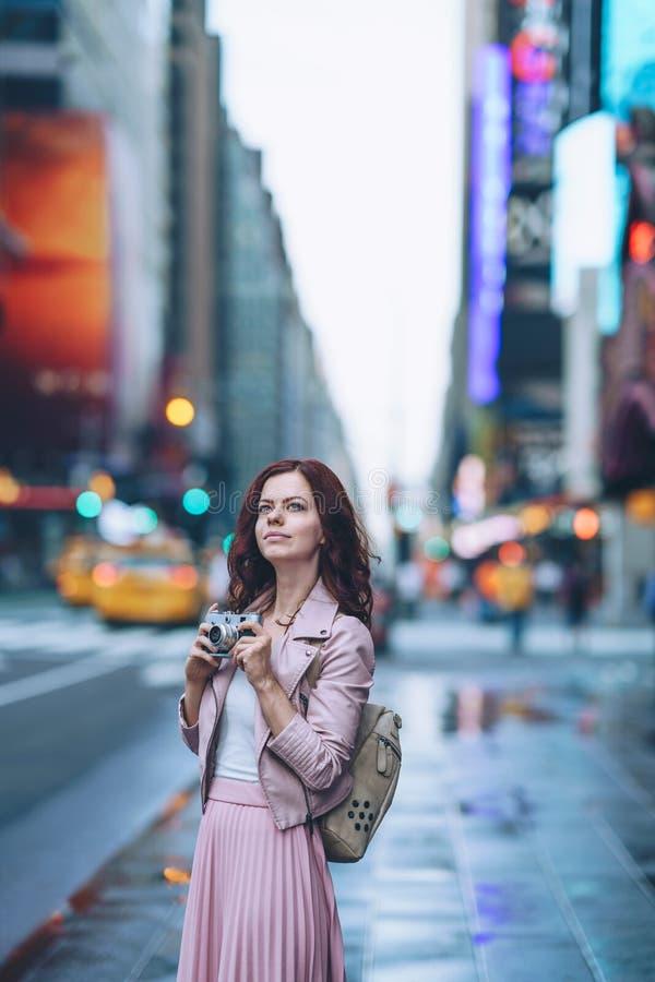 Νέο κορίτσι στη Νέα Υόρκη στοκ φωτογραφίες με δικαίωμα ελεύθερης χρήσης