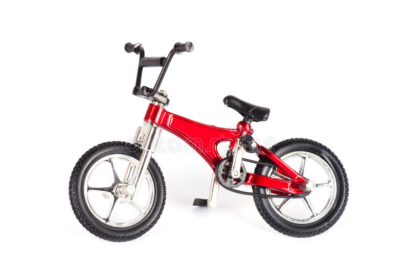 Νέο κόκκινο ποδήλατο στοκ φωτογραφίες με δικαίωμα ελεύθερης χρήσης