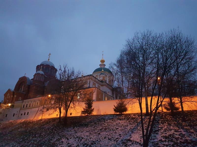 Νέο μοναστήρι Sofrino κοντά στον ποταμό της Μόσχας Περιοχή της Μόσχας r στοκ φωτογραφία με δικαίωμα ελεύθερης χρήσης