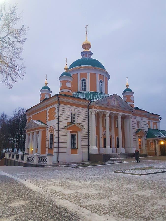 Νέο μοναστήρι Sofrino κοντά στον ποταμό της Μόσχας E r στοκ φωτογραφίες με δικαίωμα ελεύθερης χρήσης