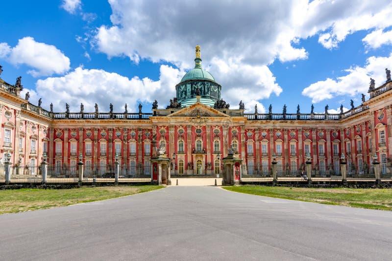 Νέο παλάτι Neues Palais στο πάρκο Sanssouci, Πότσνταμ, Γερμανία στοκ φωτογραφία