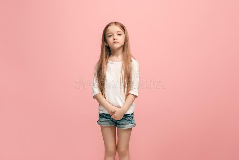 Νέο σοβαρό στοχαστικό λυπημένο κορίτσι εφήβων στοκ εικόνες