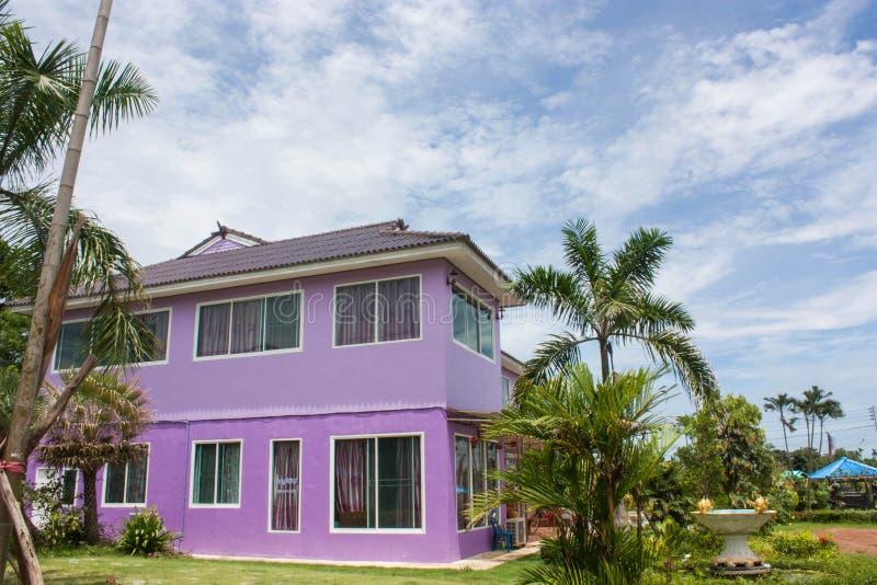 Νέο σπίτι στοκ εικόνες με δικαίωμα ελεύθερης χρήσης