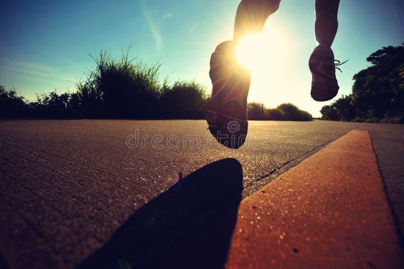 Νέο τρέξιμο γυναικών ικανότητας στοκ φωτογραφία με δικαίωμα ελεύθερης χρήσης