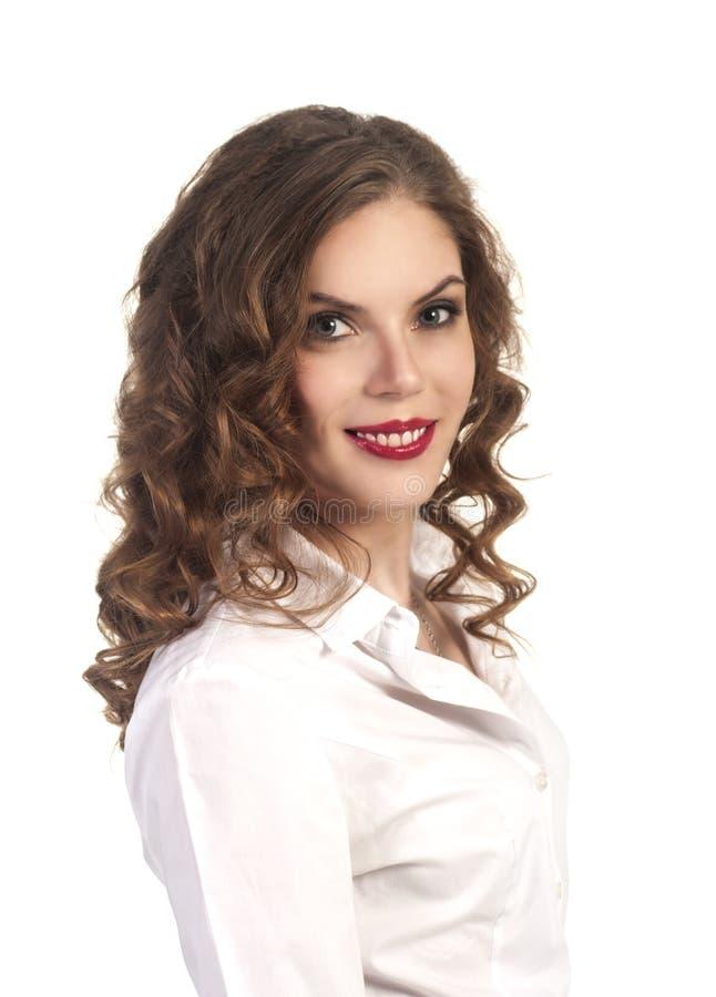 Νέο χαμογελώντας κορίτσι - πορτρέτο Το επιχειρησιακό ύφος στοκ φωτογραφία με δικαίωμα ελεύθερης χρήσης