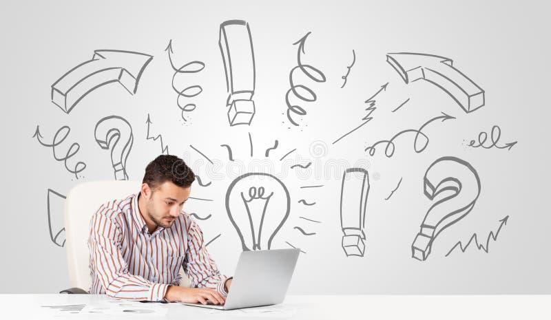 Νέο 'brainstorming' επιχειρηματιών με τα συρμένα βέλη και τα σύμβολα στοκ εικόνες