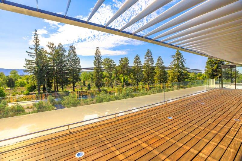 Νέο HQ πάρκων της Apple στοκ φωτογραφία με δικαίωμα ελεύθερης χρήσης